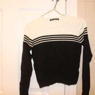 Brandy Melville B&W striped long sleeve