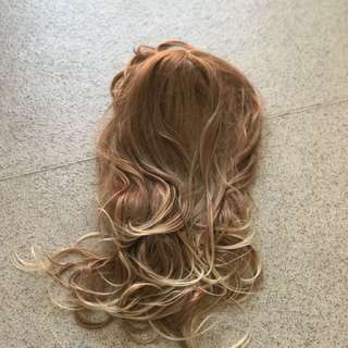 Wavy Blonde Brown Synthetic Wig