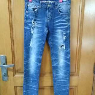 泰國洗水破爛超人牛仔褲洗水非常中腰