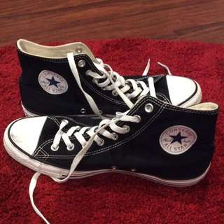 Black High tops converse shoes