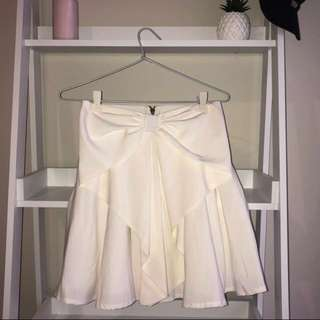 Temt white bow skirt