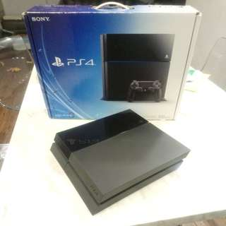 US First Gen Playstation 4 CUH-1001A with 1TB WD Black HDD PS4