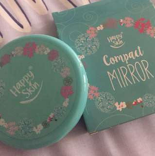 Happy Skin Compact Mirror