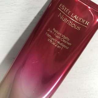Estée Lauder Radiant Cleanser