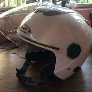 Zeus xL helmet
