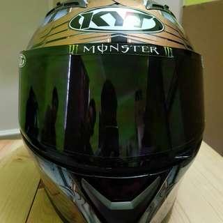 Helmet KYT VENDETTA 2