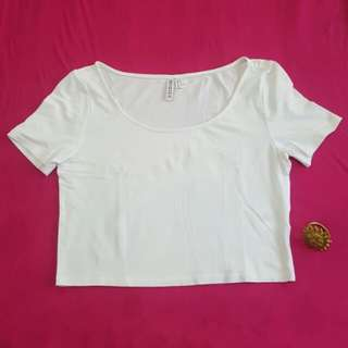 DIVIDED by H&M Basic crop blouse