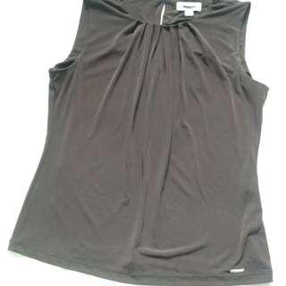 Calvin Klein Top in Dark Brown, Size M