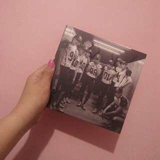 EXO Love Me Right Album (CH Ver)