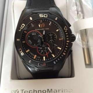TechnoMarine -Cruise-Steel-Evolution-Carbon-Watch-113001