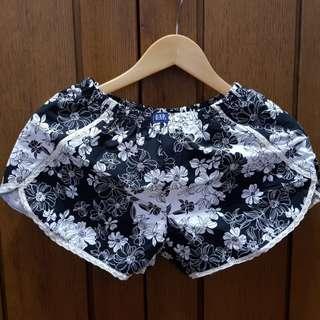 Bnew Women's Shorts