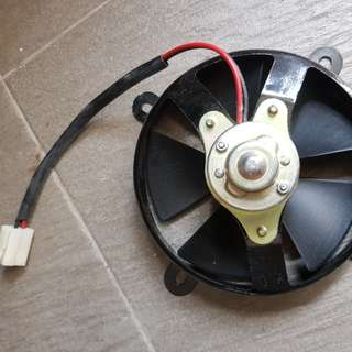 Super 4 BNIB Radiator Fan