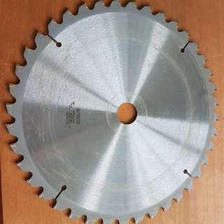 Bosch Miter / Mitre Saw Blade 40T 305 x 2.5 x 30mm