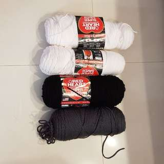 Red heart worsted super saver yarn