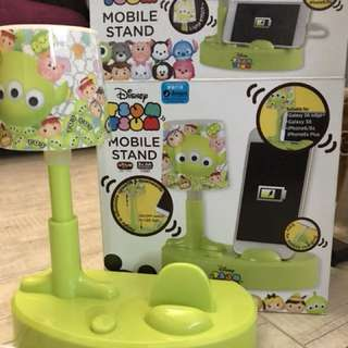 全新正版Tsum Tsum mobile stand (I phone/ Samsung) 100% real, 100% new
