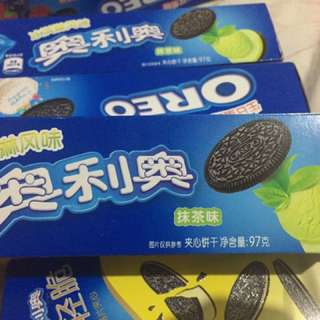 Matcha Oreo cookies import snacks