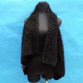型格有袋雙色拼毛短背心,減價啦,50元一件,100元三件