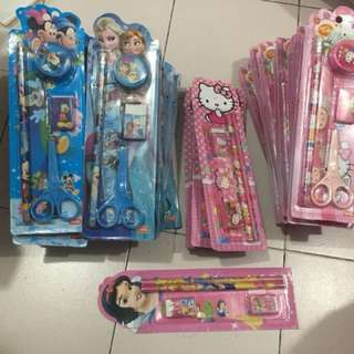 *selling everything* frozen minion pencil case stationary set