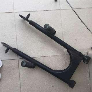 Yamaha RXK 135 / RXS original swing arm