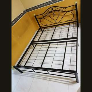 Queen Size Metal Bed Frame Only