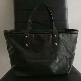 Bally authentic handbag