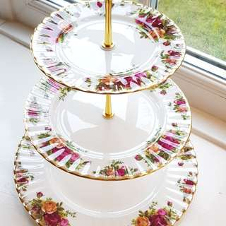 Royal Albert and others Cake stand Pre order