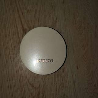 Artdeco pressed powder