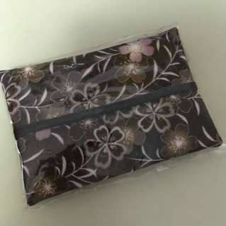 Tissue packet sleeve
