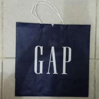 Paperbag / Paper Bag / Tas Karton Branded GAP kecil