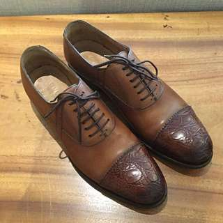 30d104c179 AUTHENTIC GUCCI Rich Honey Brown Genuine Leather + Cap Toe Genuine Crocodile  Lace Up Shoes (