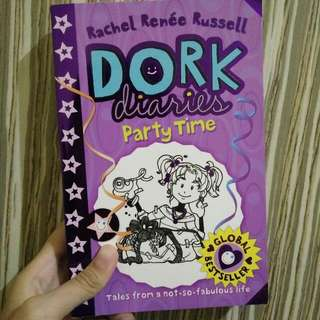 Dork Diaries : Party Time Tales From A Not So Fabulous Life