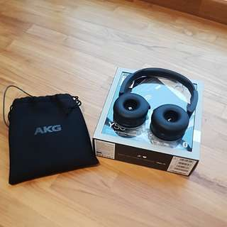 AKG Y50BT Wireless Bluetooth Headphones LNIB