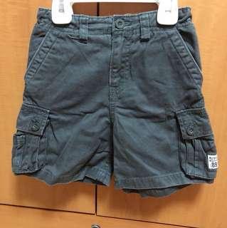 Children's place cargo shorts.