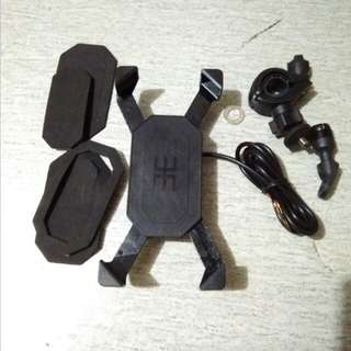 handphone holder come wth usb charger universal