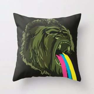 GORILLA Graphical designed Cushion Throw Pillow Cover