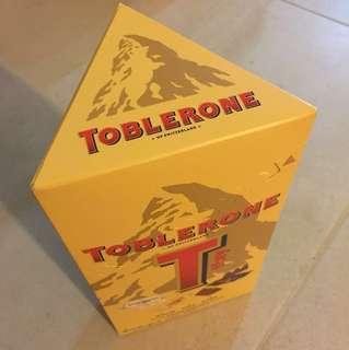 TOBLERONE 三角朱古力一盒