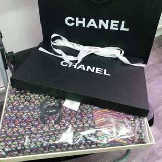 Chanel Vip 贈品限定💖~羊绒混彩線圍巾😍