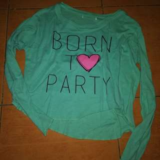 Born to Party long sleeves crop top