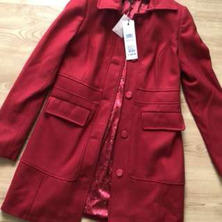 Review Coat Size 8