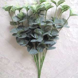 Artificial leaves/greens