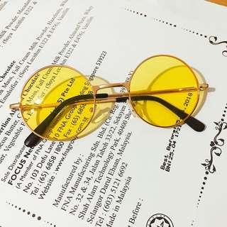 復古風黃色太陽眼鏡
