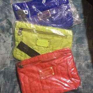 MJ 袋 最後3個 平買 $250 有三個 清倉價