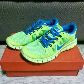 USED Nike Free 5.0 in Green & Blue