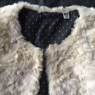 Fake fur uniqlo jacket 8ys