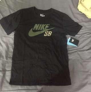 Nike SB 短T