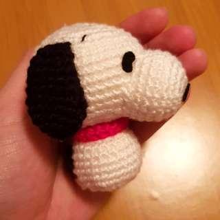 Snoopy amigurumi (crocheted)