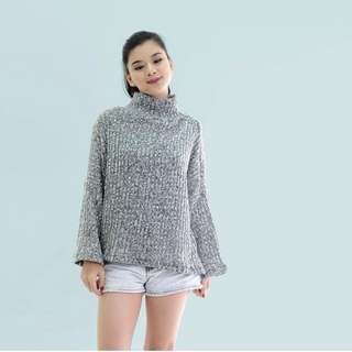 HTP Thick Gray Turtleneck Pullover