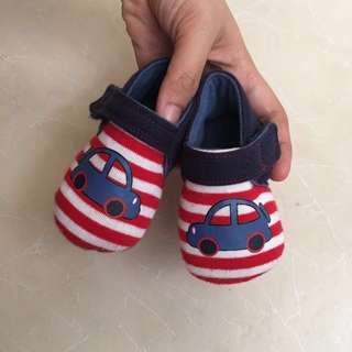 MOTHERCARE Shoes (3-6 months)