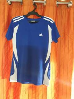 Women's Tops (Adidas T-shirt Sportswear)