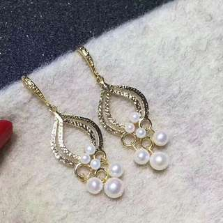 新款🆕️耳環,時尚感十足3-6mm淡水珍珠,14k注金材質 💰💰特價$598,歡迎訂購😊